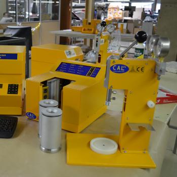 CAL2K Oxygen Bomb Calorimeter | DDS Calorimeters
