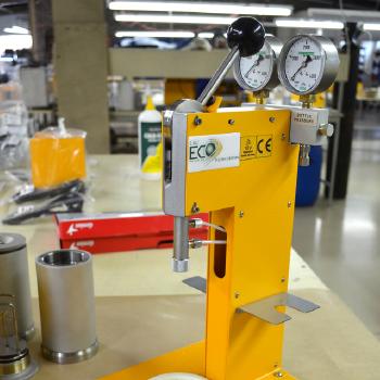 ECO Oxygen Bomb Calorimeter | DDS Calorimeters